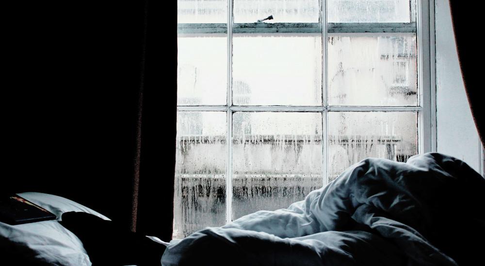 merevedés történik alvás közben