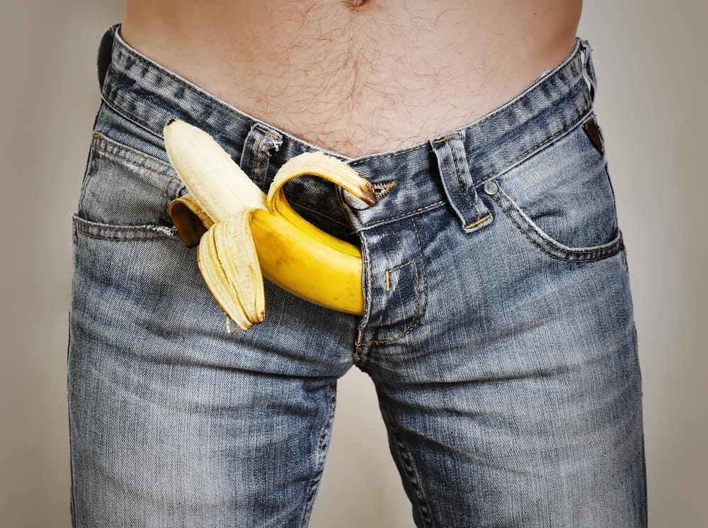 felálló állapotban a pénisz felemelkedik