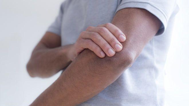 Ujjhegyeken a bőr időnként leválik :: Keresés - InforMed Orvosi és Életmód portál ::