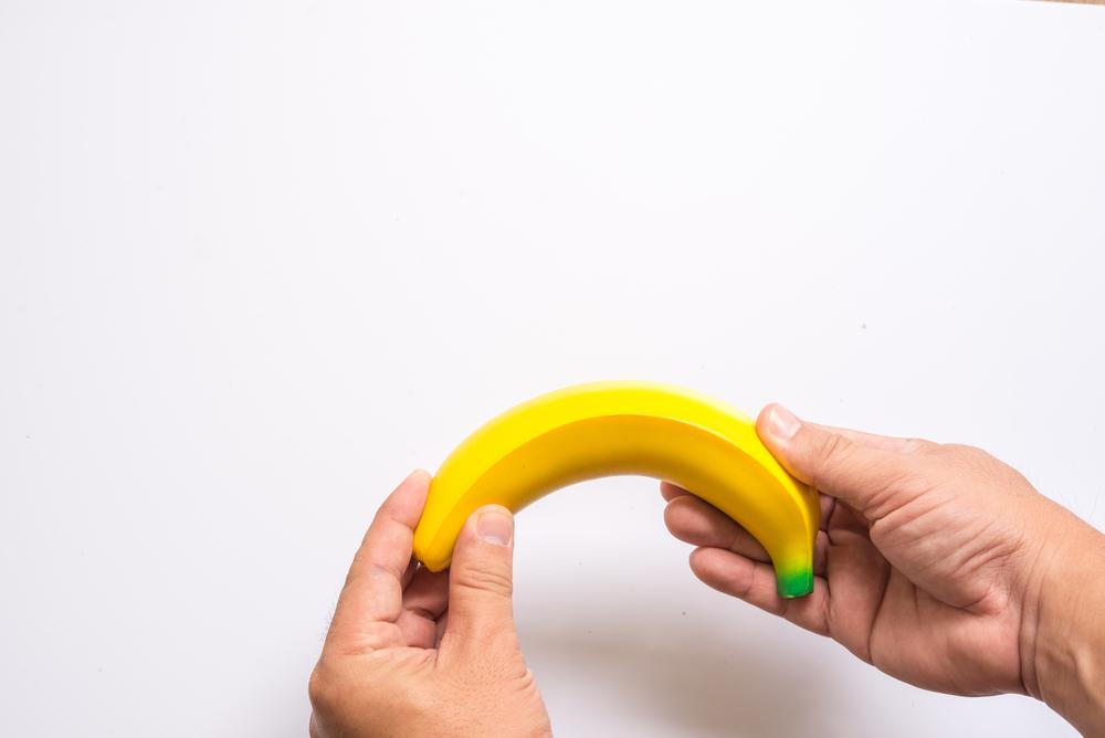 Lefelé görbülő pénisz - Mit lehet ezzel kezdeni?